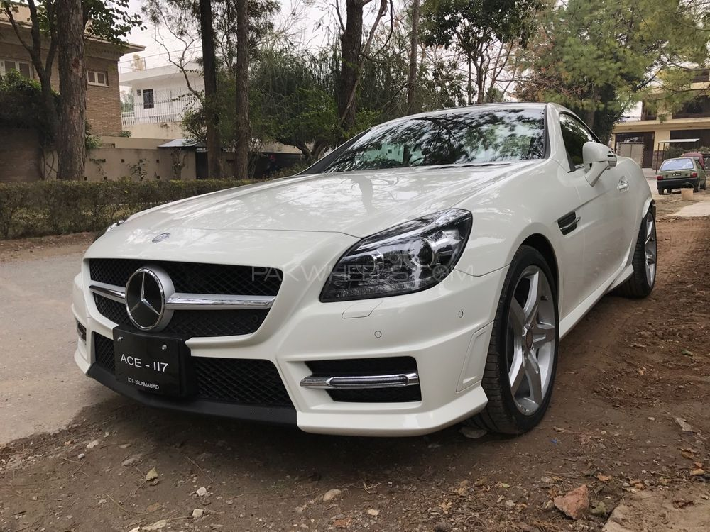 mercedes benz slk class slk200 2013 for sale in islamabad. Black Bedroom Furniture Sets. Home Design Ideas