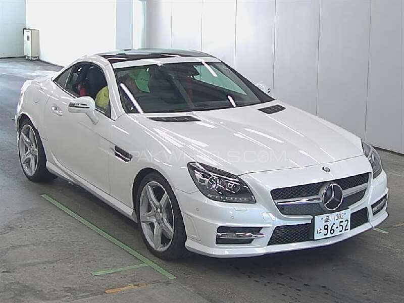 mercedes benz slk class slk200 2014 for sale in karachi. Black Bedroom Furniture Sets. Home Design Ideas