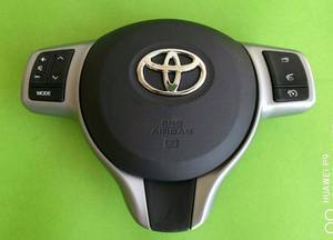 Toyota Vitz Multimedia Steering Wheel Switches in Lahore