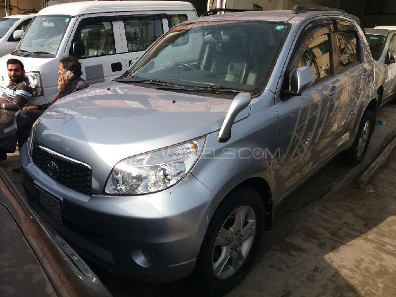 Toyota Rush G 2009 Image-1