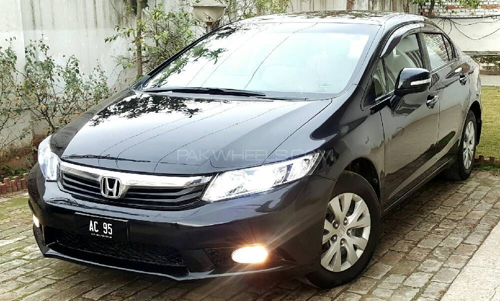 honda civic vti 1 8 i vtec 2013 for sale in islamabad. Black Bedroom Furniture Sets. Home Design Ideas
