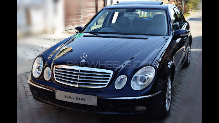Mercedes benz e class e200 2005 for sale in lahore pakwheels for Mercedes benz e class 2003 price