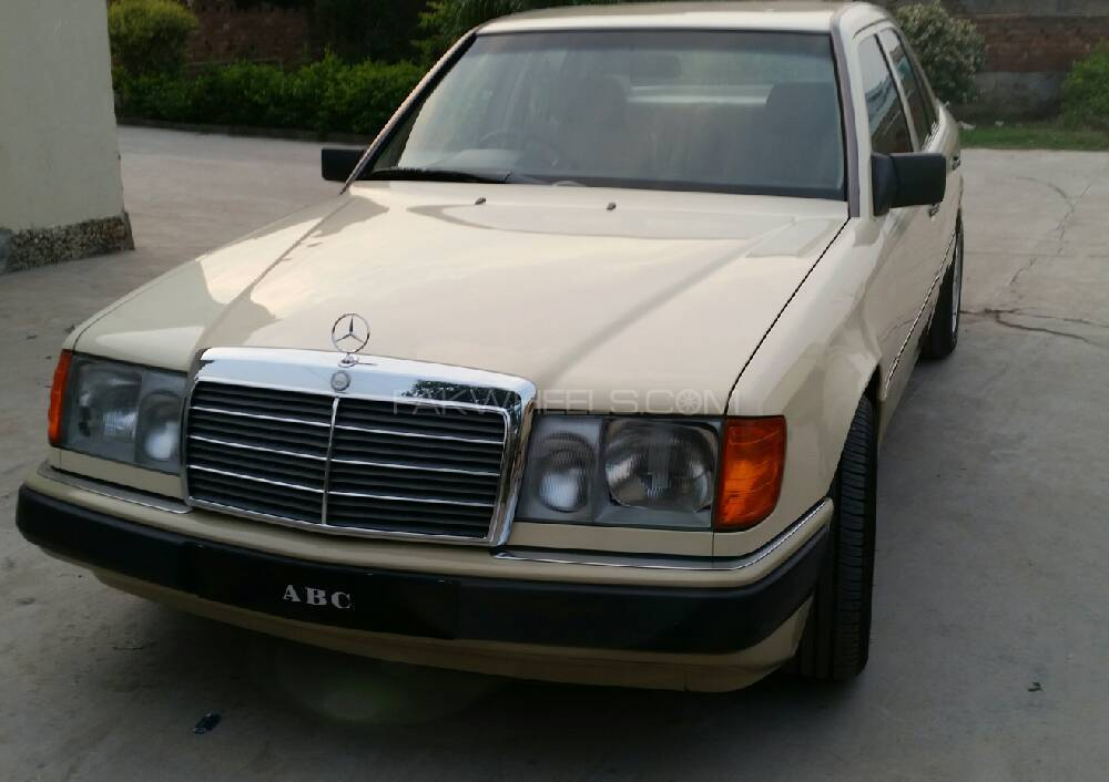Mercedes benz e class e230 1990 for sale in islamabad for Mercedes benz e230