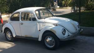 Slide_volkswagen-beetle-1600-1974-15239827