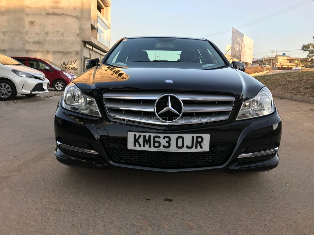 Mercedes benz c class c180 2013 for sale in islamabad for Mercedes benz house of imports service