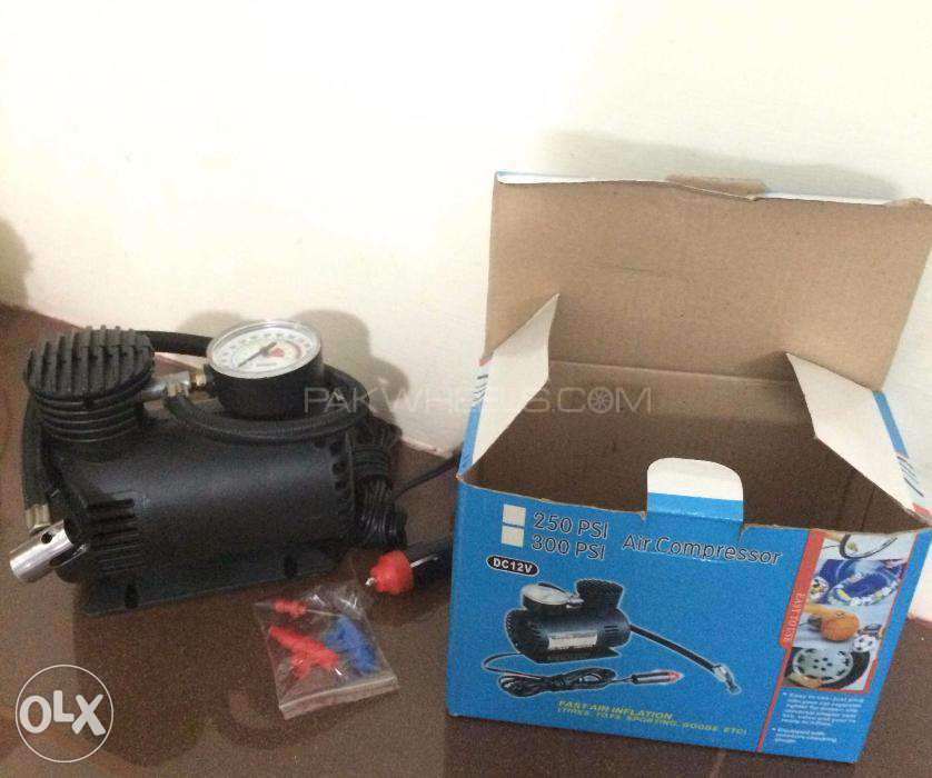 12V Car tyre air Compressor with free home delivery Image-1