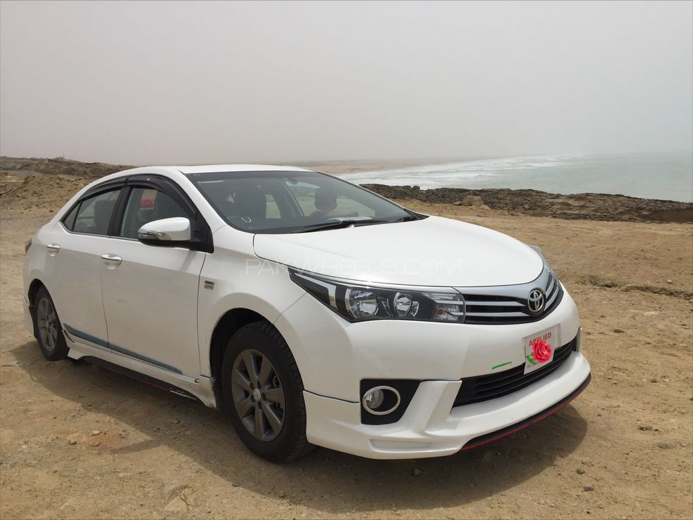 toyota corolla altis grande cvt i 1 8 2017 for sale in karachi pakwheels. Black Bedroom Furniture Sets. Home Design Ideas