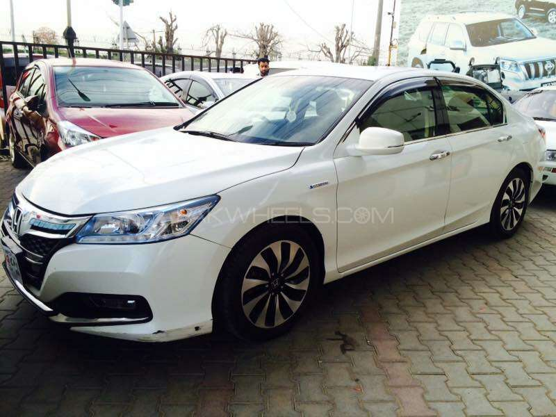 honda accord 2014 for sale in lahore pakwheels. Black Bedroom Furniture Sets. Home Design Ideas