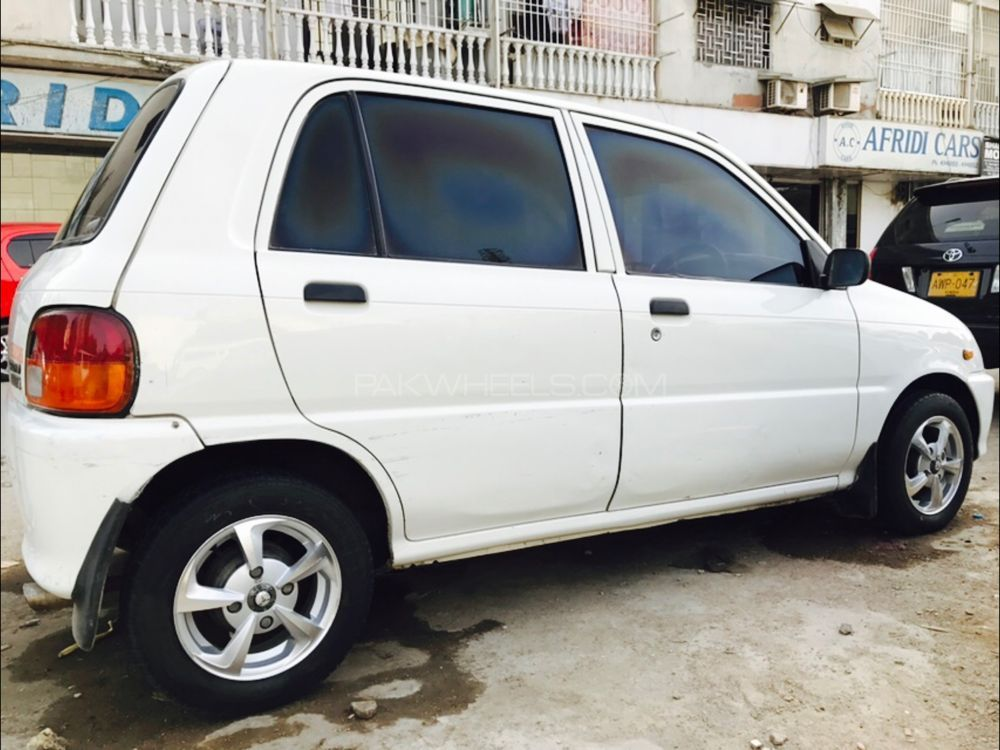 daihatsu cuore cl 2003 for sale in karachi pakwheels. Black Bedroom Furniture Sets. Home Design Ideas