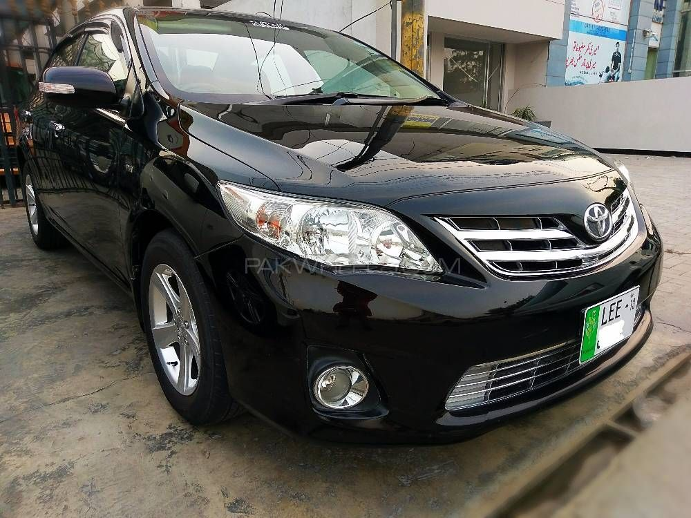 toyota corolla gli 1 3 vvti 2013 for sale in lahore pakwheels. Black Bedroom Furniture Sets. Home Design Ideas