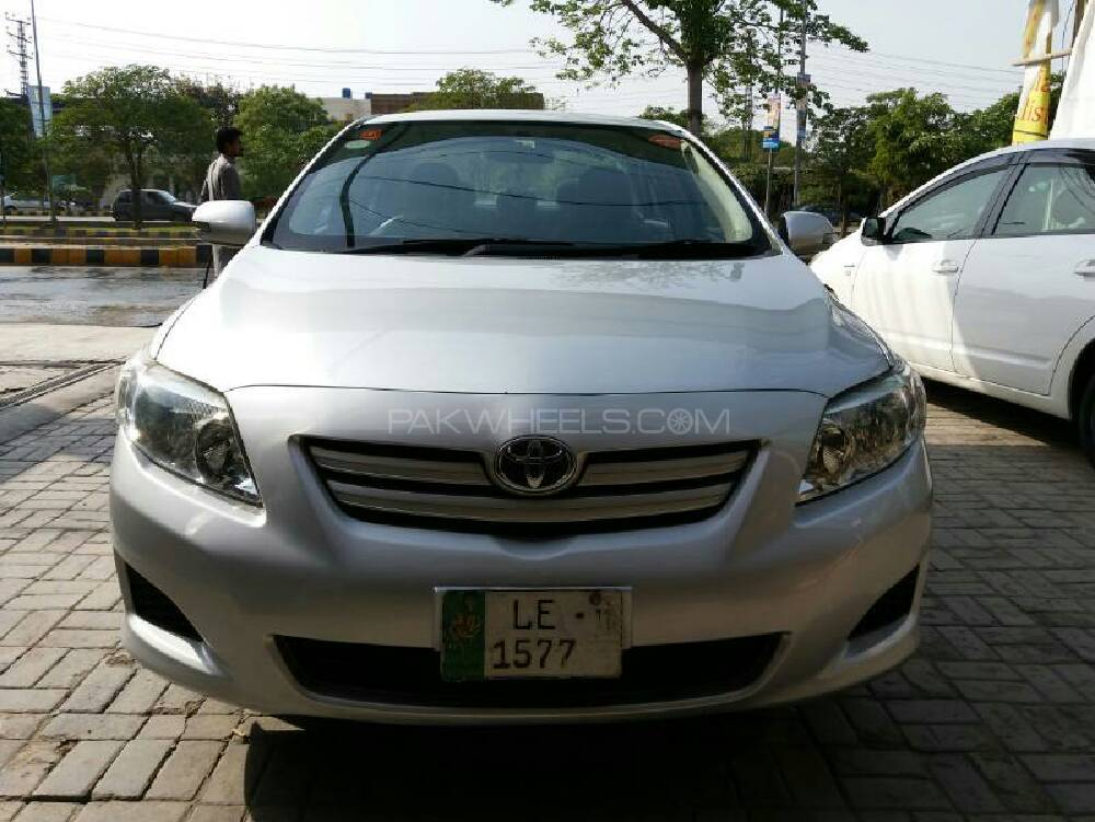 toyota corolla 2010 for sale in lahore pakwheels. Black Bedroom Furniture Sets. Home Design Ideas