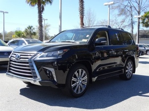 Slide_lexus-lx-series-lx570-2016-15995839