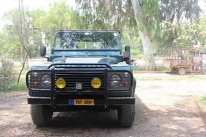 Slide_land-rover-defender-90-1990-16215166