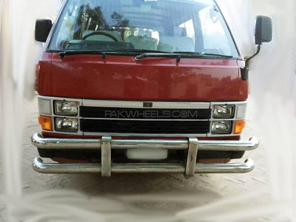 Toyota Hiace GL 1983 Image-1