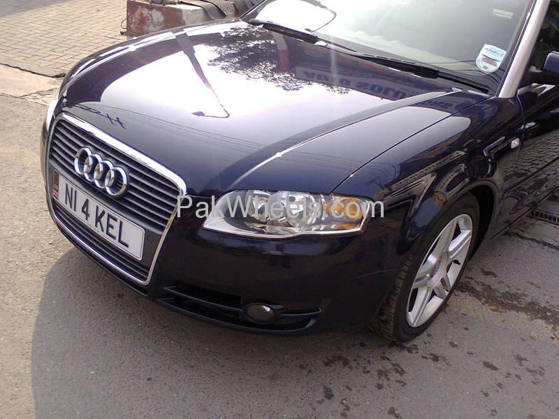 Audi A4 2007 Image-2
