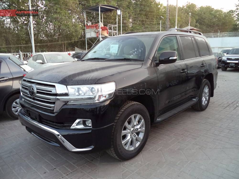 toyota land cruiser ax g selection 2017 for sale in karachi pakwheels. Black Bedroom Furniture Sets. Home Design Ideas