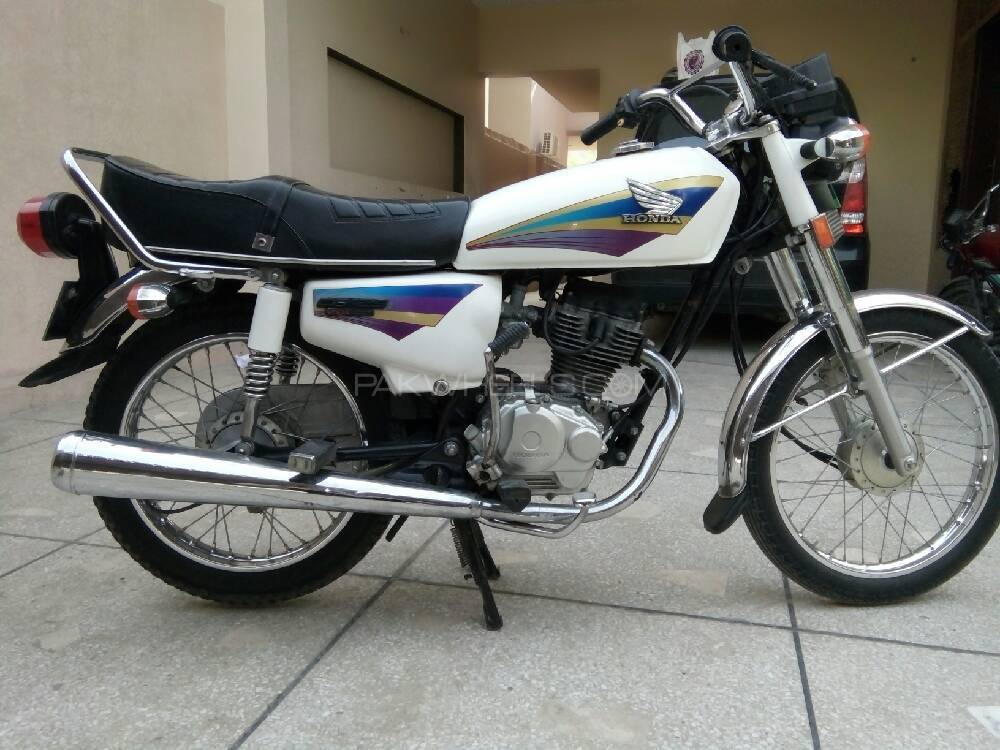 used honda cg 125 2005 bike for sale in lahore 187444. Black Bedroom Furniture Sets. Home Design Ideas