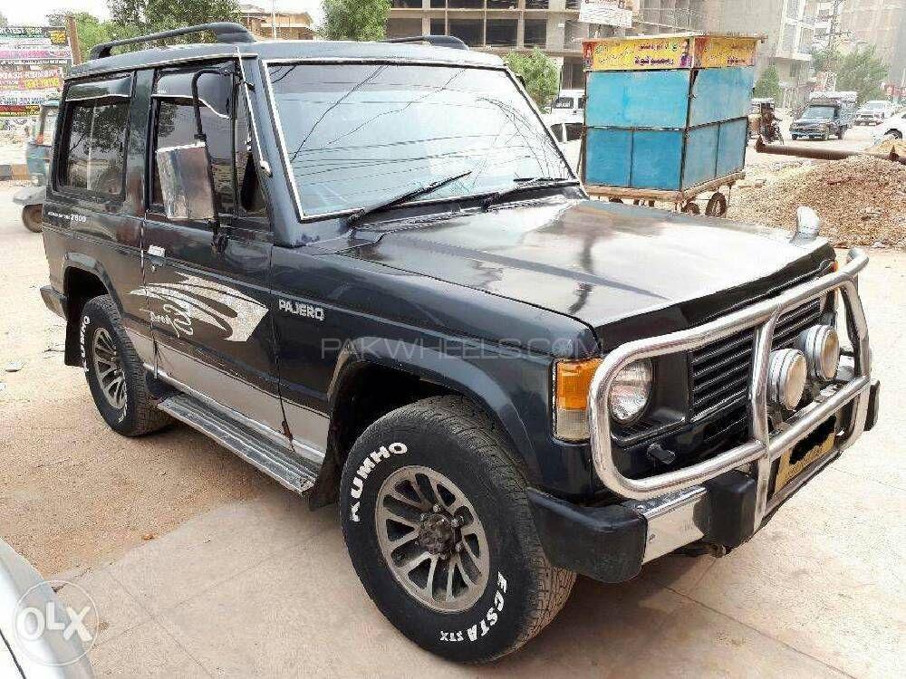 Mitsubishi Pajero 1986 Image-1