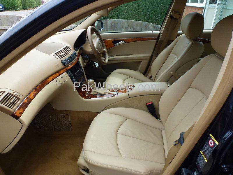 Mercedes Benz E Class E200 2007 Image-6