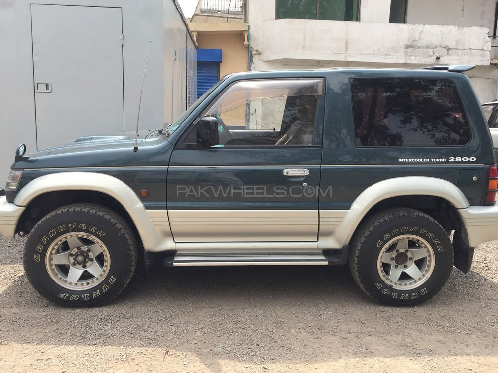 mitsubishi pajero 1997 for sale in islamabad pakwheels. Black Bedroom Furniture Sets. Home Design Ideas