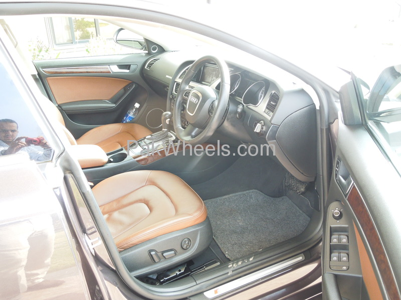 Audi A5 2011 Image-3