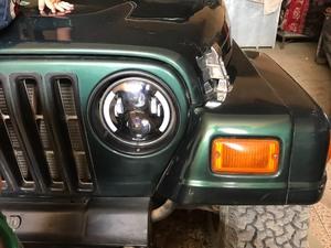 Slide_jeep-wrangler-sahara-2001-16739825