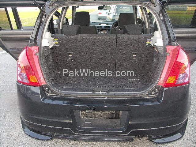 Suzuki Swift DLX Automatic 1.3 2008 Image-5
