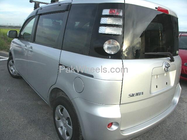 Toyota Sienta 2007 Image-2