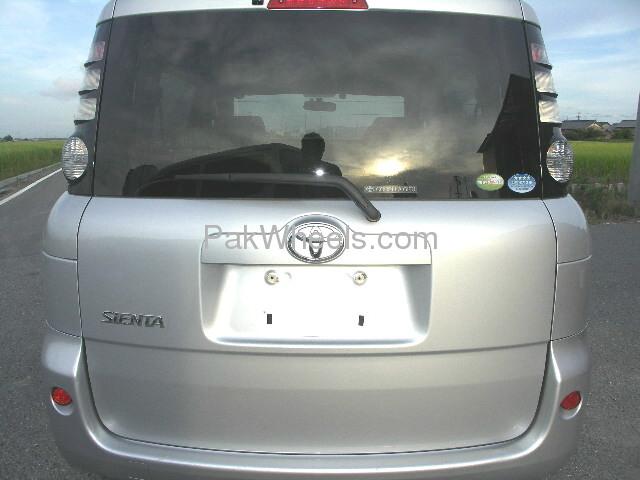 Toyota Sienta 2007 Image-3