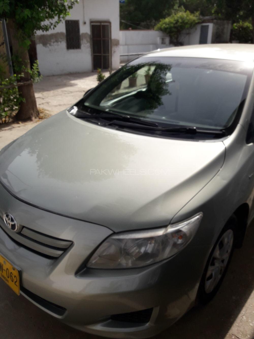 Toyota corolla gli 1 3 vvti 2010