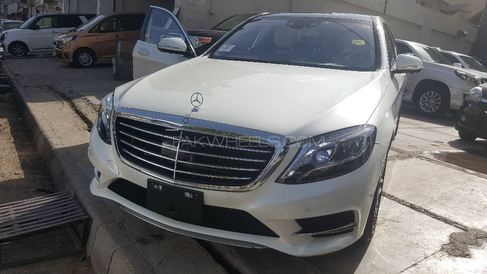 mercedes benz s class s400 hybrid 2014 for sale in karachi. Black Bedroom Furniture Sets. Home Design Ideas