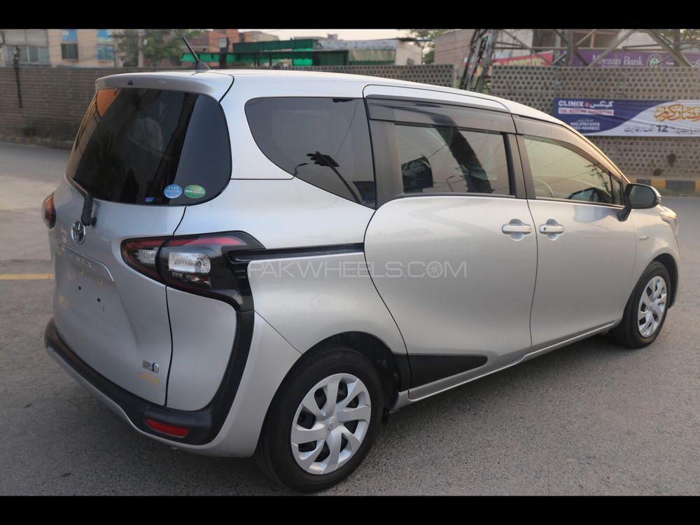 Toyota Sienta G 2015 For Sale In Lahore Pakwheels