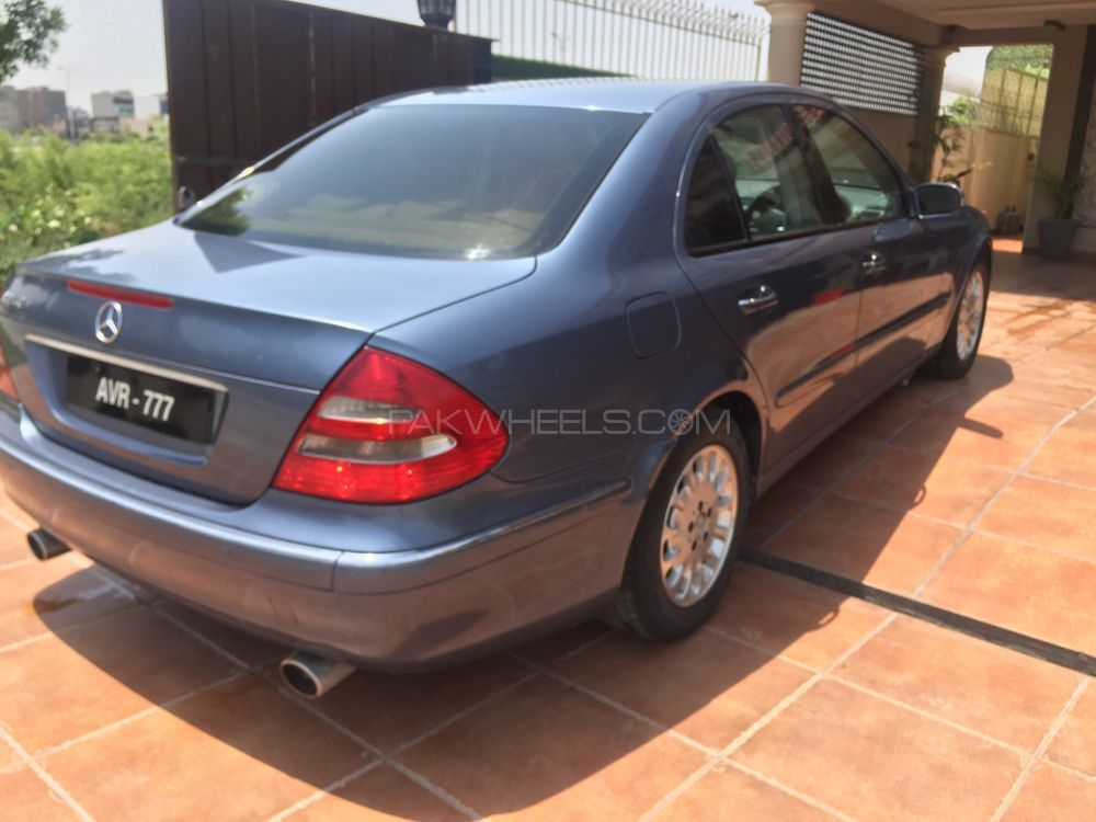 Mercedes benz e class 2005 for sale in lahore pakwheels for Mercedes benz 2005 e class