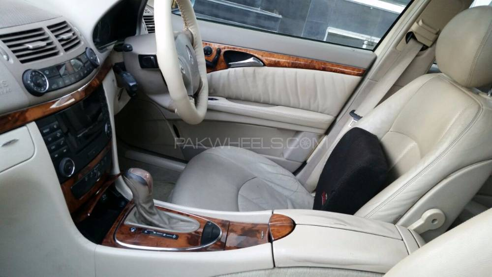 Mercedes Benz E Series 2005 For Sale In Lahore Pakwheels