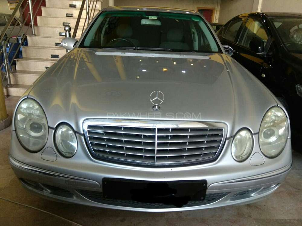 mercedes benz e class e200 2004 for sale in rawalpindi pakwheels. Black Bedroom Furniture Sets. Home Design Ideas