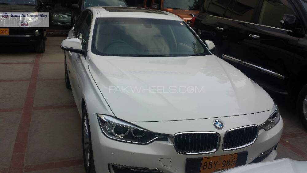 BMW 3 Series 316i 2014 Image-1
