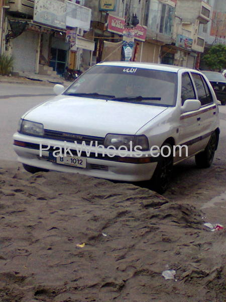 Daihatsu Charade GT-ti 1989 Image-3