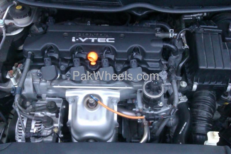 Honda Civic VTi Oriel Prosmatec 1.8 i-VTEC 2011 Image-4