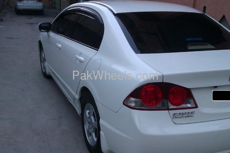 Honda Civic VTi Oriel Prosmatec 1.8 i-VTEC 2011 Image-6