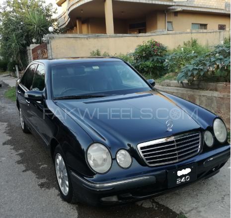 Mercedes Benz E Class E240 2000 Image-1