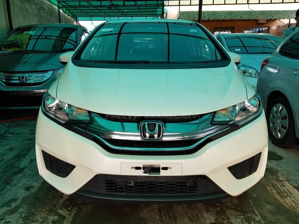 Honda Fit S Package 2014 Image-1