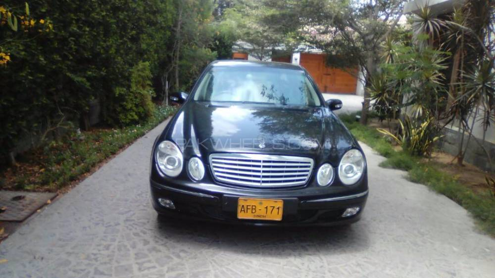 Mercedes Benz E Class Estate E 200 2003 Image-1