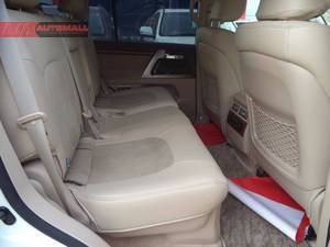 TOYOTA LAND CRUISER AX 2013, ORIGINAL TV WITH SUNROOF.