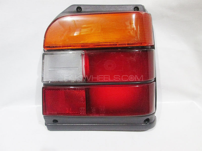 Suzuki Mehran Tail lights Set 1988-2007 Image-1