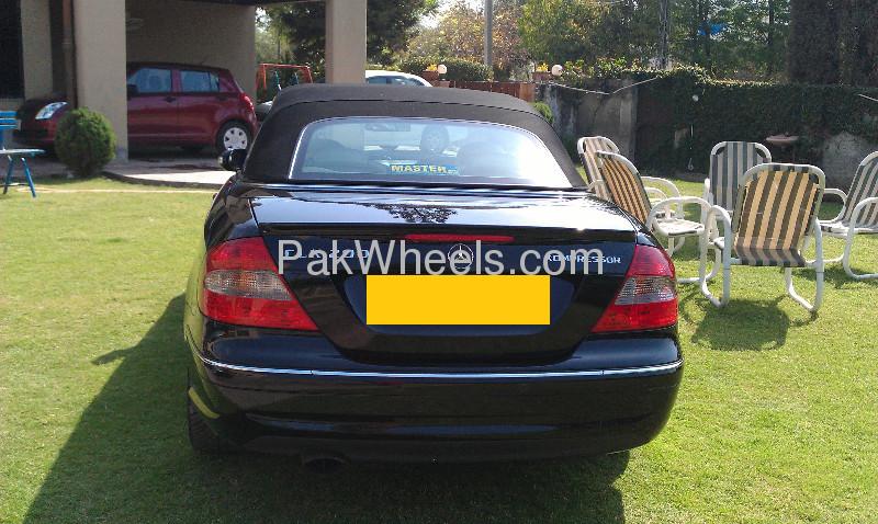 Mercedes Benz CLK Class CLK 200 2009 Image-5