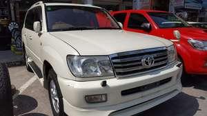 Slide_toyota-land-cruiser-vx-limi-4-2d-2000-17400503