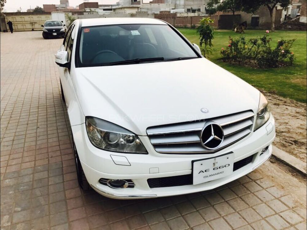mercedes benz c class c200 2008 for sale in gujranwala pakwheels. Black Bedroom Furniture Sets. Home Design Ideas