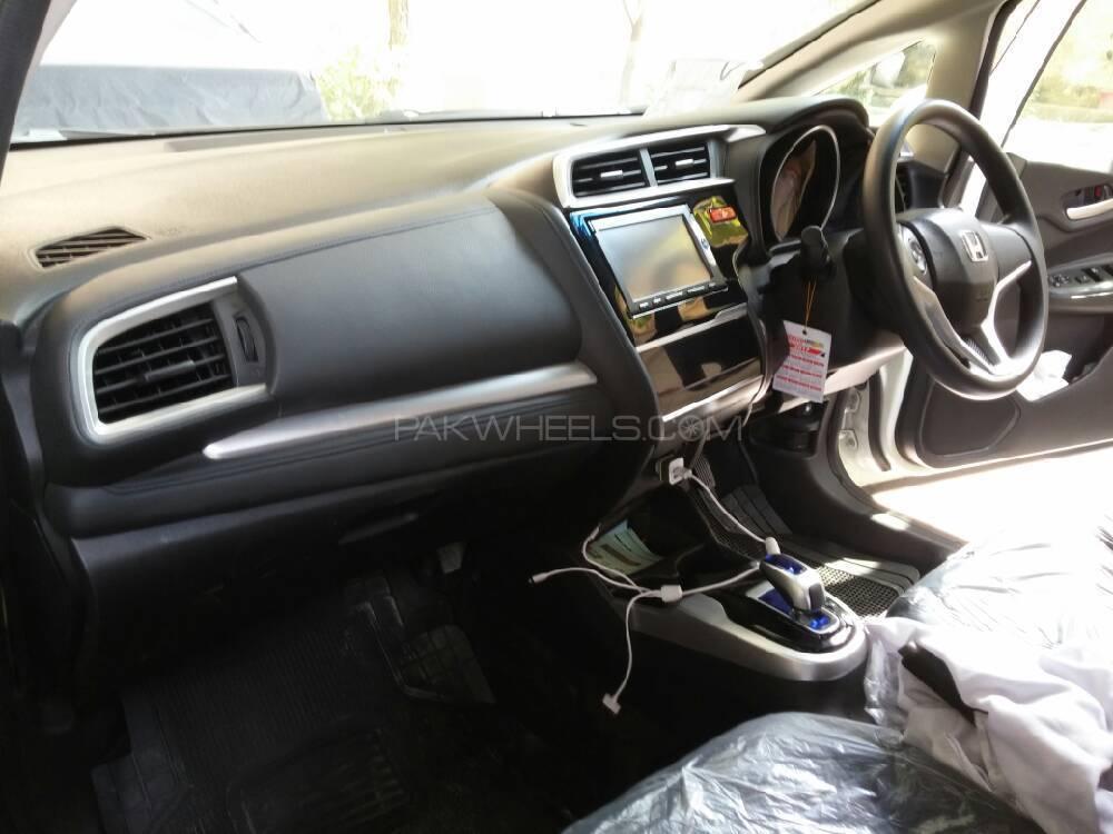 Honda Fit X L Package 2014 Image-1