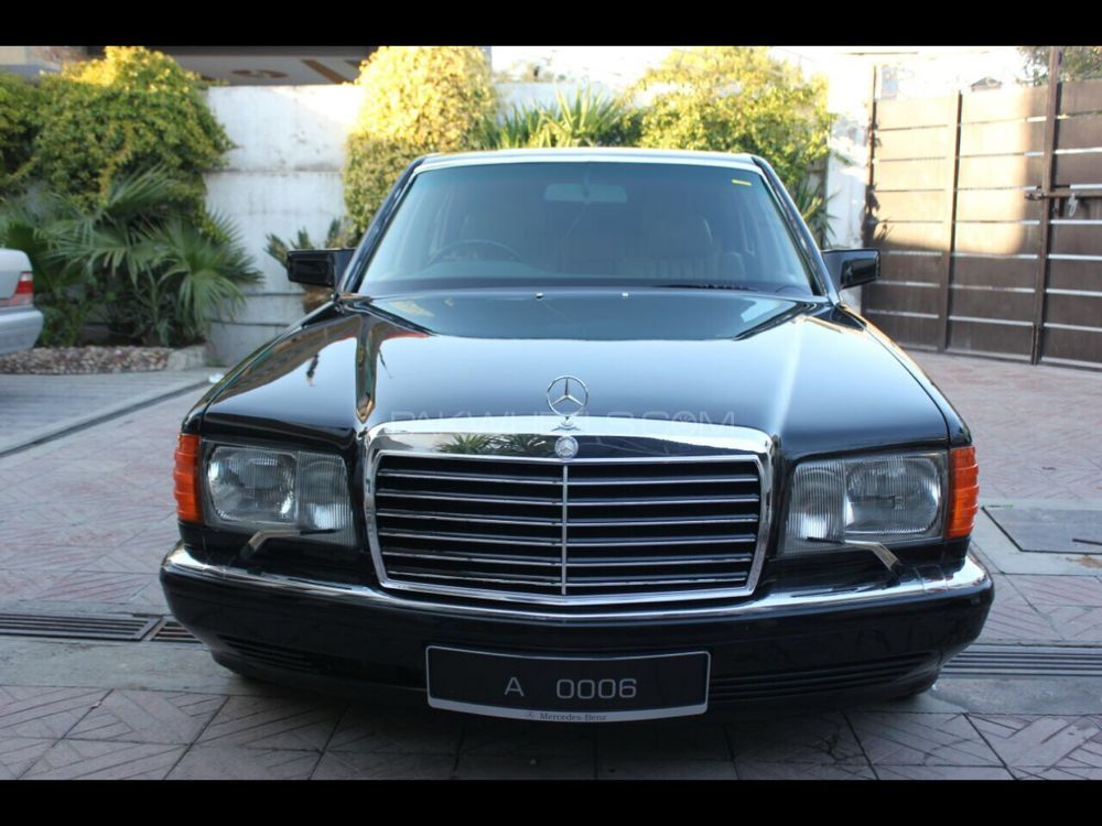 Mercedes Benz S Class 380SEL 1981 Image-1