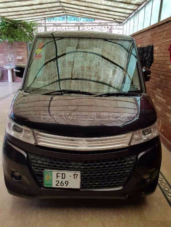 Nissan Roox G 2012 Image-1